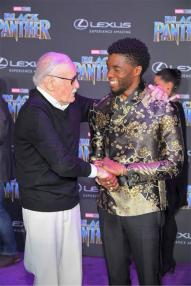 stan-lee-and-chadwick-boseman-at-the-black-panther-world-premier-1079517